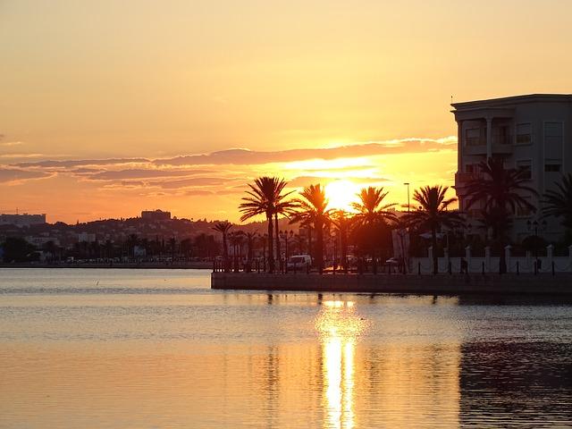 Zajímavá cenovka, ale i skvělé pláže, to je dnešní Tunisko